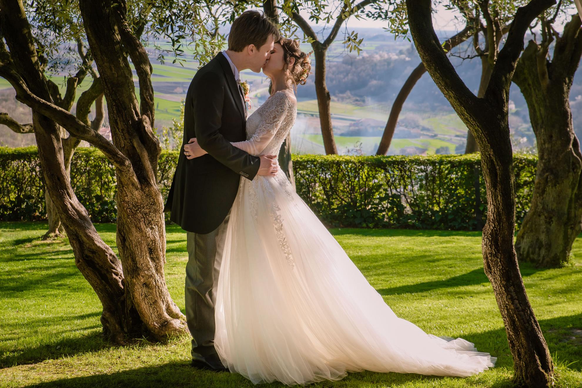 fotografo di matrimonio a padova – sposi tra gli ulivi in collina